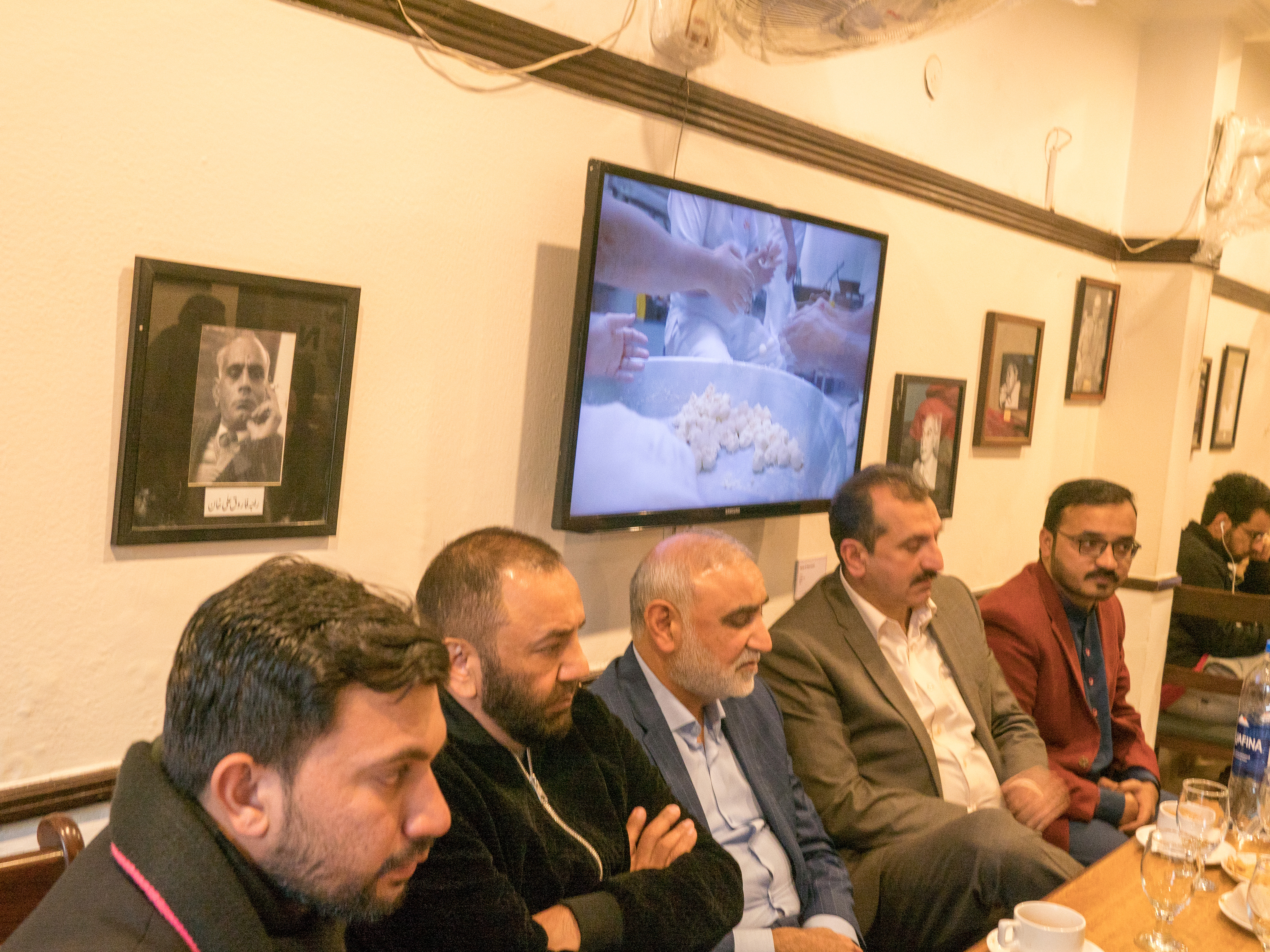 Glaze showing in Pak Teahouse Lahore 2020